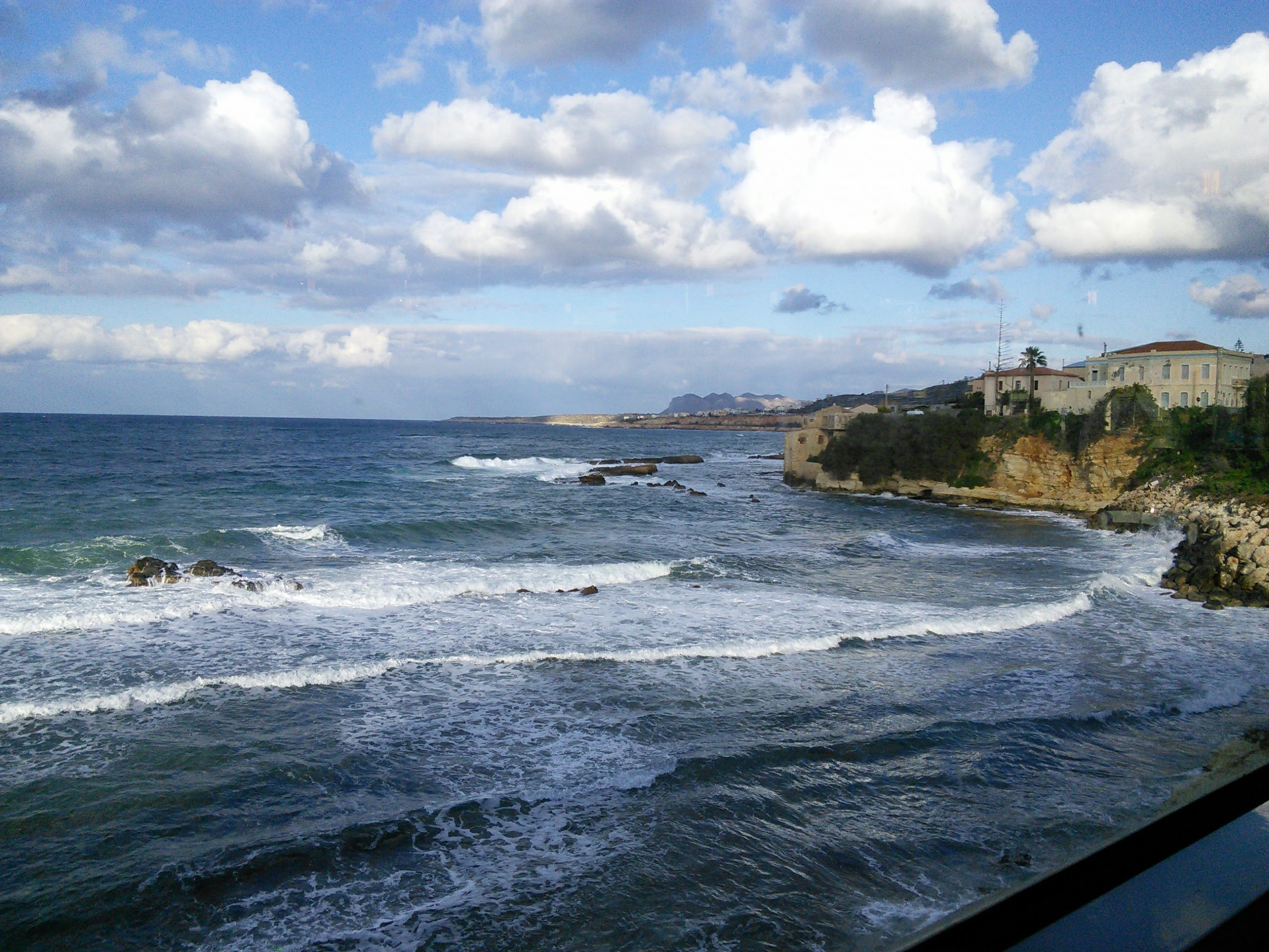 You are currently viewing WAVES CRETE